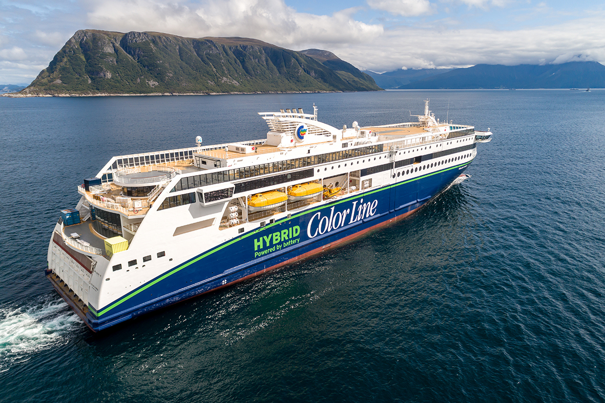 Color Hybrid – the world's largest plug-in hybrid ship – was built by Ulstein Verft in Norway with export financing from Export Credit Norway and GIEK. Photo: Uavpic.